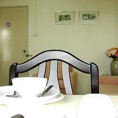 Отель Sa-Nguan Malee Mansion гостиничный бар