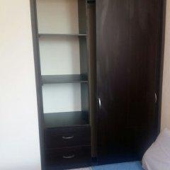 Отель Estancia Confortable Davila сейф в номере