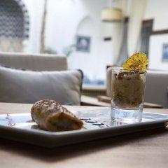 Отель Riad Dar Alfarah Марокко, Марракеш - отзывы, цены и фото номеров - забронировать отель Riad Dar Alfarah онлайн парковка