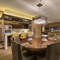 Отель Luxury Suites International by Vdara США, Лас-Вегас - отзывы, цены и фото номеров - забронировать отель Luxury Suites International by Vdara онлайн питание