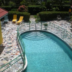Отель Villa Sonate Ямайка, Ранавей-Бей - отзывы, цены и фото номеров - забронировать отель Villa Sonate онлайн бассейн