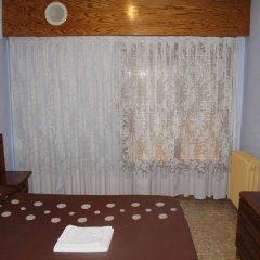 Отель Hostal Restaurante Carabanchel сейф в номере