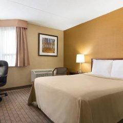 Отель Travelodge by Wyndham Toronto East комната для гостей фото 3