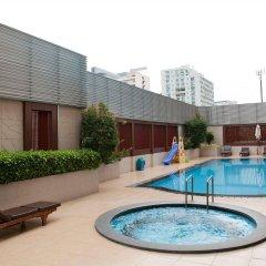 Отель Sm Grande Residence Бангкок бассейн фото 3