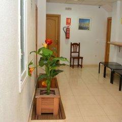 Отель Pensión Ayuntamiento Испания, Аликанте - отзывы, цены и фото номеров - забронировать отель Pensión Ayuntamiento онлайн балкон
