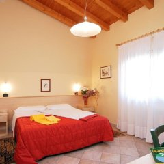 Отель Agriturismo Tenuta Regina Прамаджоре комната для гостей фото 2