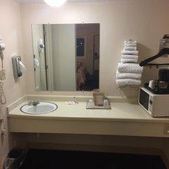 Отель Super 8 Altamont ванная фото 2