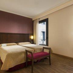 Отель Oriente Atiram Hotel Испания, Барселона - 2 отзыва об отеле, цены и фото номеров - забронировать отель Oriente Atiram Hotel онлайн комната для гостей фото 4