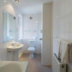 Отель Britannia Country House Hotel & Spa Великобритания, Манчестер - отзывы, цены и фото номеров - забронировать отель Britannia Country House Hotel & Spa онлайн ванная