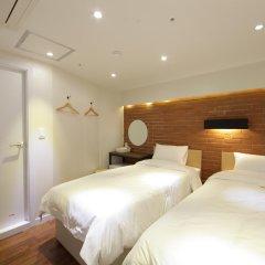 Отель CASA Myeongdong Guesthouse Южная Корея, Сеул - отзывы, цены и фото номеров - забронировать отель CASA Myeongdong Guesthouse онлайн комната для гостей фото 2