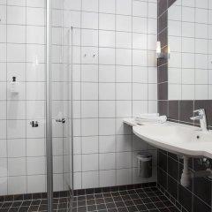 Отель Scandic Stavanger Forus Норвегия, Ставангер - отзывы, цены и фото номеров - забронировать отель Scandic Stavanger Forus онлайн ванная