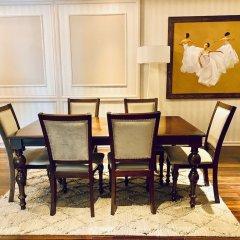 Отель M Suites by S Home Хошимин гостиничный бар
