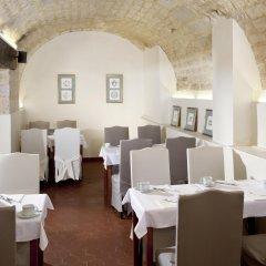 Отель Melia Paris Notre-Dame Франция, Париж - отзывы, цены и фото номеров - забронировать отель Melia Paris Notre-Dame онлайн питание
