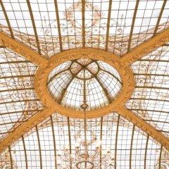 Hotel Vernet - Paris Champs Elysées интерьер отеля