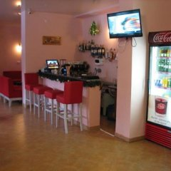 Гостиница Skilandhouse Яблуниця гостиничный бар