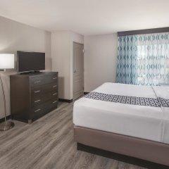 Отель La Quinta Inn & Suites Effingham удобства в номере фото 2