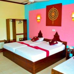 The Triangle Hotel комната для гостей