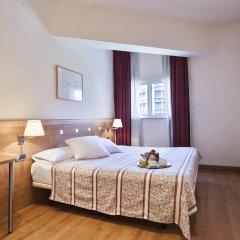 Отель Acta Antibes Барселона комната для гостей фото 2