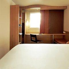 Отель Ibis Paris Porte dItalie сейф в номере
