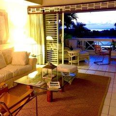 Отель Goblin Hill Villas at San San комната для гостей фото 4