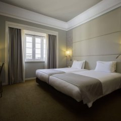 Отель MIRAPARQUE Лиссабон комната для гостей