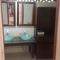 Отель Ridge Bay Chateau Ямайка, Порт Антонио - отзывы, цены и фото номеров - забронировать отель Ridge Bay Chateau онлайн ванная