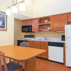 Отель Hawthorn Suites By Wyndham Airport Columbus East Колумбус в номере