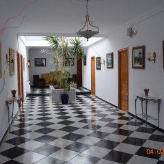 Отель Camping-Bungalows El Faro Испания, Кониль-де-ла-Фронтера - отзывы, цены и фото номеров - забронировать отель Camping-Bungalows El Faro онлайн интерьер отеля