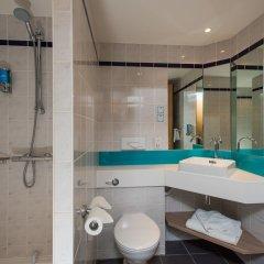Отель Holiday Inn Express London - Dartford ванная фото 2