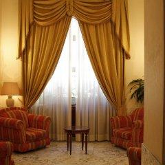 Отель Pace Helvezia сейф в номере