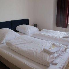 Отель Metropol Hostel Berlin Германия, Берлин - 12 отзывов об отеле, цены и фото номеров - забронировать отель Metropol Hostel Berlin онлайн комната для гостей фото 2