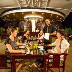 Отель Dragon Legend Cruise питание