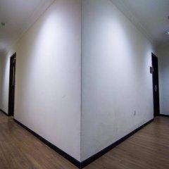 Отель OYO Rooms Jalan Petaling Малайзия, Куала-Лумпур - отзывы, цены и фото номеров - забронировать отель OYO Rooms Jalan Petaling онлайн интерьер отеля фото 3