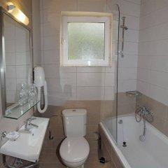 Glyfada Beach Hotel ванная