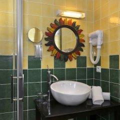 Hotel The Originals Domaine des Thômeaux (ex Relais du Silence) ванная фото 2