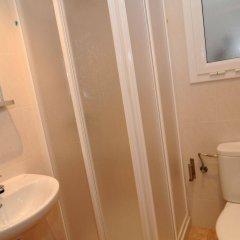 Отель Apartamentos AR Family Caribe Испания, Льорет-де-Мар - отзывы, цены и фото номеров - забронировать отель Apartamentos AR Family Caribe онлайн ванная