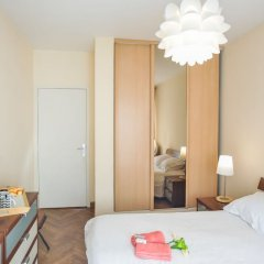 Отель Le France-Massenet AP3015 by Riviera Holiday Homes Ницца комната для гостей фото 2