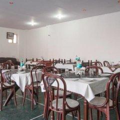 Отель Sarthak Palace Индия, Нью-Дели - отзывы, цены и фото номеров - забронировать отель Sarthak Palace онлайн питание фото 3
