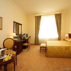 Отель Savoy Westend Карловы Вары комната для гостей