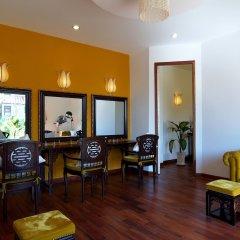 Отель Romana Resort & Spa Вьетнам, Фантхьет - 9 отзывов об отеле, цены и фото номеров - забронировать отель Romana Resort & Spa онлайн интерьер отеля фото 2