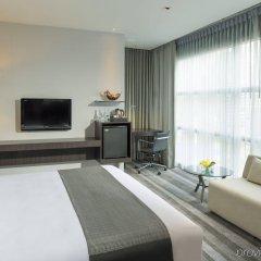 Отель Holiday Inn Bangkok Sukhumvit Бангкок комната для гостей фото 4