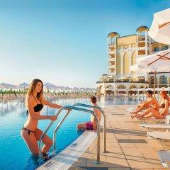 Отель Riu Helios Bay Болгария, Аврен - отзывы, цены и фото номеров - забронировать отель Riu Helios Bay онлайн бассейн фото 3