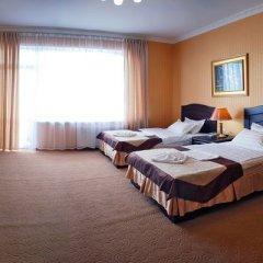 Гостиница Barton Park в Алуште 8 отзывов об отеле, цены и фото номеров - забронировать гостиницу Barton Park онлайн Алушта комната для гостей фото 4