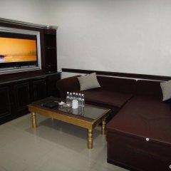 Hotel California комната для гостей фото 3