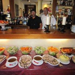 Отель Sindhura Испания, Вехер-де-ла-Фронтера - отзывы, цены и фото номеров - забронировать отель Sindhura онлайн питание фото 3