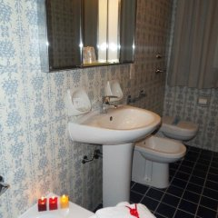 Hotel Due Giardini ванная фото 2