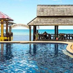 Отель Lanta New Beach Bungalows бассейн