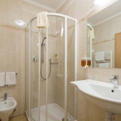 Отель Erzherzog Johann Сцена ванная