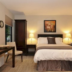 Отель Dupont Place сейф в номере