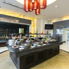 The Narathiwas Hotel & Residence Sathorn Bangkok питание фото 3